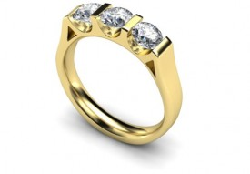 18 Carat Yellow gold 3 stone Bar set Three stone Diamond Ring