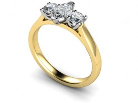 18 Carat Yellow and white gold Marquise/Brilliant cut Diamond Ring