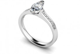 18 Carat White gold 7mm x 5mm Marquise Diamond with Diamond shoulders