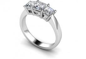 18 Carat White gold Three stone Princess cut Diamond Ring